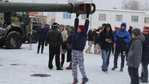 Показ артиллерийской техники прошёл в Почепе Брянской области