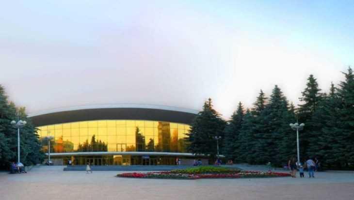 В Брянске студента обвинили в краже 1500 рублей у артистки цирка