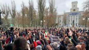 Украину охватывает Великая ноябрьская революция