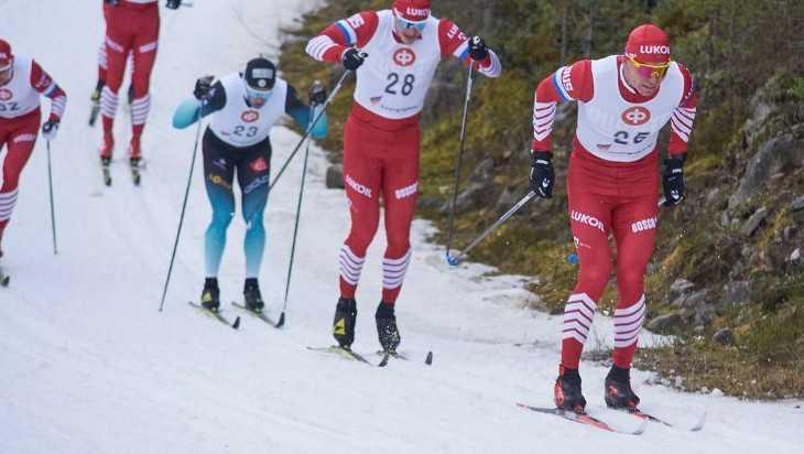 Брянский лыжник Александр Большунов выиграл вторую гонку в Финляндии