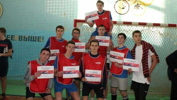 Брянская команда «Молодежки ОНФ» провела соревнования по футболу