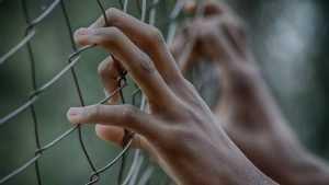 В Клинцах двух 18-летних студенток отдали под суд за сбыт наркотиков