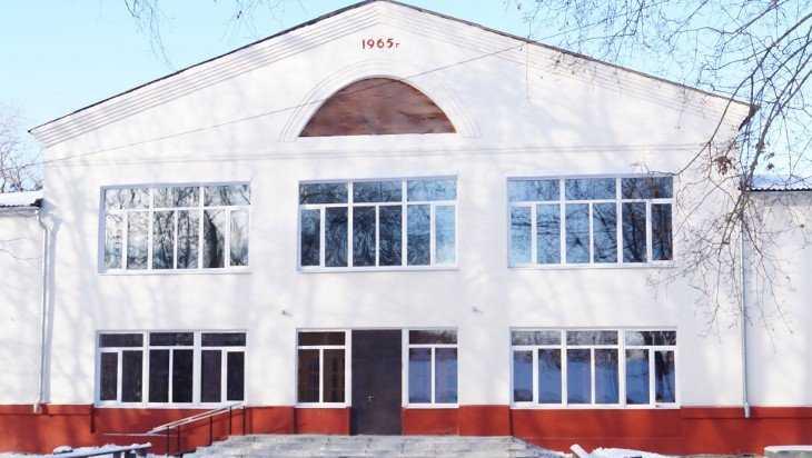 В Погарском районе восстановили Дом культуры, открытый еще Фурцевой