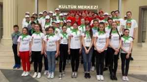 Скандал с поездкой брянских детей в Турцию возбудил Дудя
