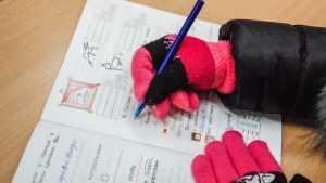 Прокуратура согрела замерзших детей Жирятинской школы