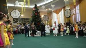 В Брянске прошел новогодний праздник для детей-сирот