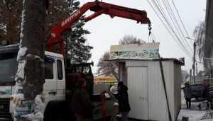 Власти Брянска снесли 352 незаконных ларька и возьмутся за автомойки