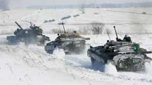 К Новому году на брянскую границу стянут сотни единиц военной техники