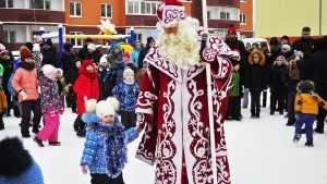 В микрорайоне «ДеснаГрад» отметили Новый год