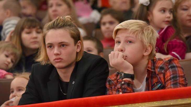 Брянские дети побывали на Губернаторской ёлке