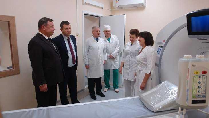 В брянской больнице №4 открыли кабинет компьютерной томографии