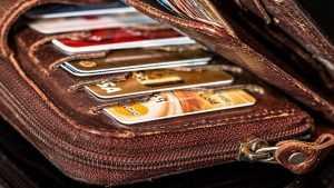 В Брянской области выдали почти 350 тысяч банковских карточек «Мир»