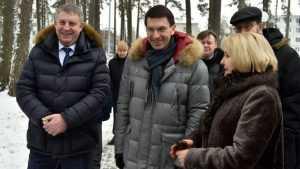 В брянском аэропорту полпреда Президента встретил Александр Богомаз