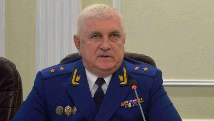 Прокурор Брянской области поздравил жителей региона с Новым годом и Рождеством