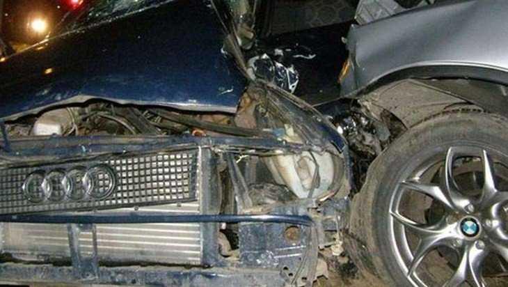 В Новозыбкове пострадала 50-летняя женщина в ДТП с BMW и Audi