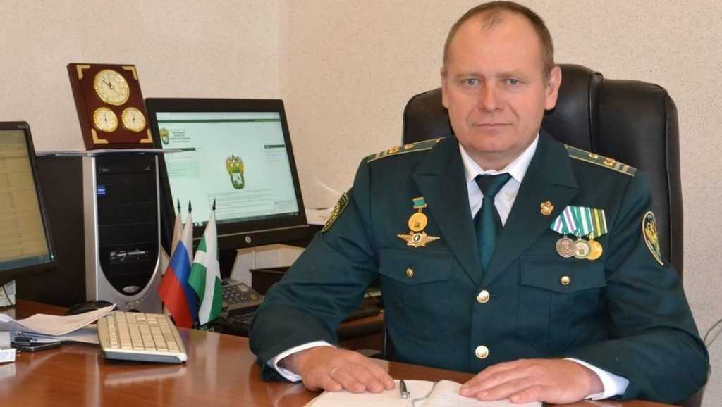 Брянского таможенника наградил Президент Путин