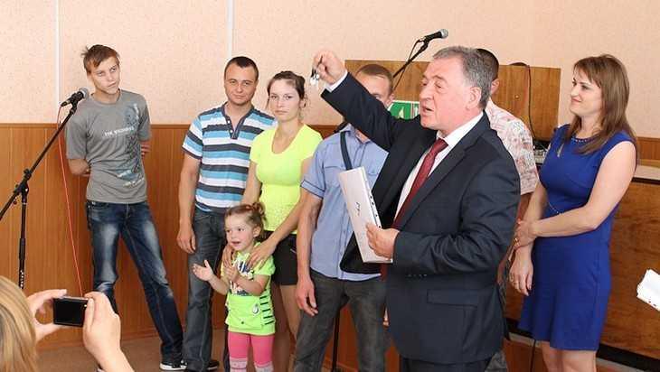 Глава администрации Комаричского района Виктор Кузин подал в отставку