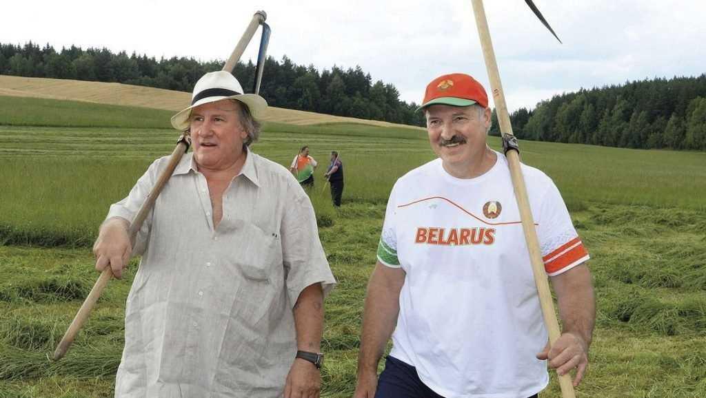 Для чего белорусские СМИ педалируют тему «Белэкзита»