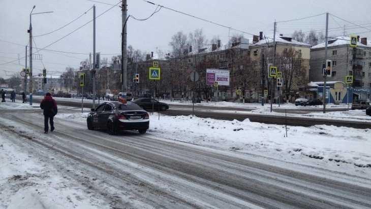 В Брянске на Московском проспекте сломался «заколдованный» светофор