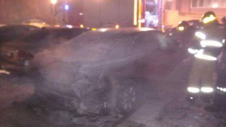 В Брянске на улице 3 Июля сгорел автомобиль