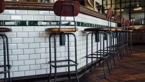 Как правильно выбрать барные стулья