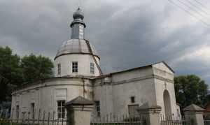 В Брасове Крестным ходом отпразднуют 240-летие церкви Василия Великого