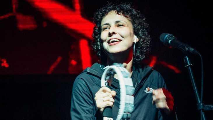 Известная певица Чичерина написала песню о брянском богатыре Пересвете