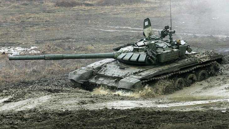 Брянские военные получили более 20 модернизированных танков Т-72
