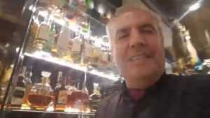 Брянец Коломейцев в испанском ресторане похвалился женихами дочери