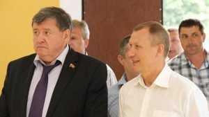 В Брянске стал разгораться скандал из-за наград депутатам и чиновникам