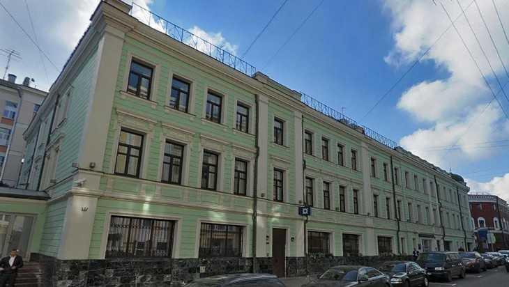 Брянец попал в скандал из-за сноса исторического здания в Москве
