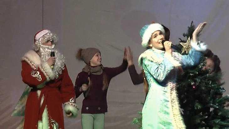В Жуковке Год добровольца завершился зажигательным шоу