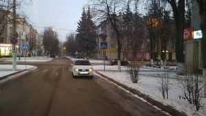 В Брянске скончалась пенсионерка, попавшая под Renault на «зебре»