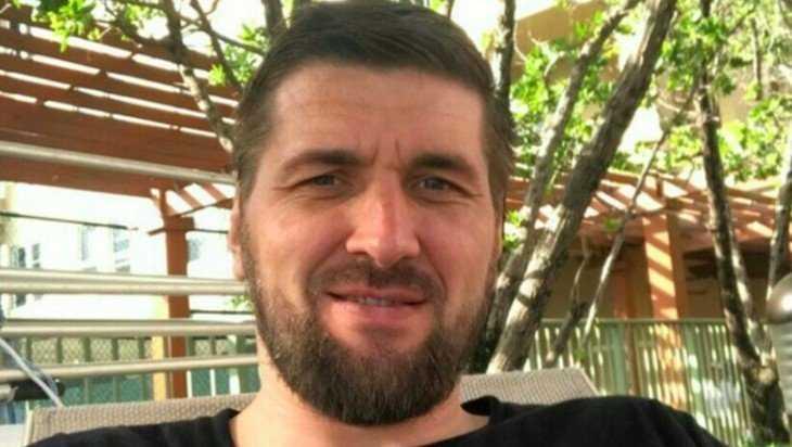 Брянский боец и депутат Виталий Минаков передал весточку из США