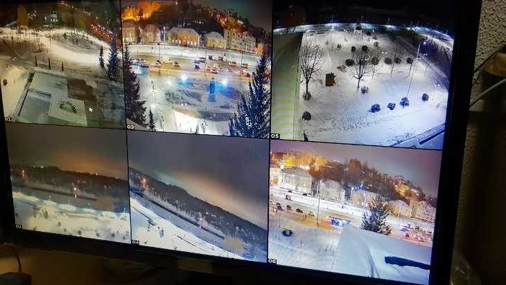 В Брянске установили систему видеонаблюдения на набережной