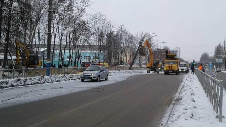 Брянский рабочий погиб в траншее ливневой канализации