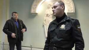 В брянском суде адвокаты сняли скандальное видео о битве с приставами