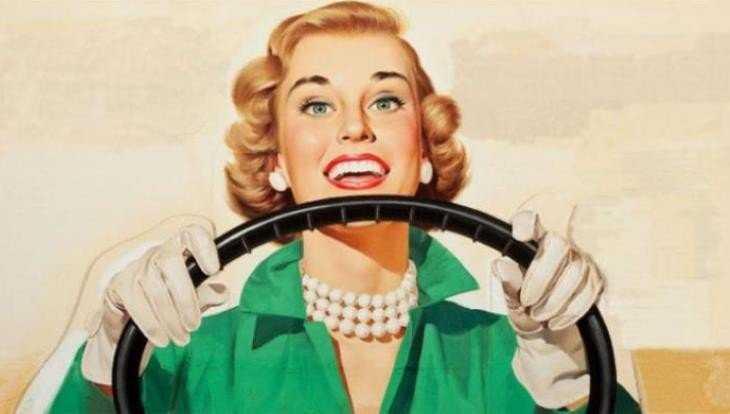 Под Клинцами женщина на Renault врезалась в фургон и сломала руку