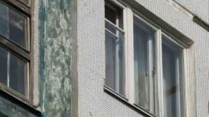 В Клетнянском районе сироте аварийный дом заменили квартирой