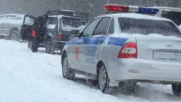 В Брянском районе по вине 18-летнего водителя ранена 17-летняя девушка