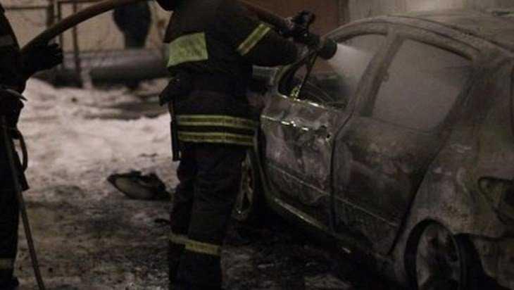В городе Фокино сгорела легковушка