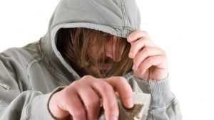 В Новозыбкове отправили за решетку наркоторговца на три года