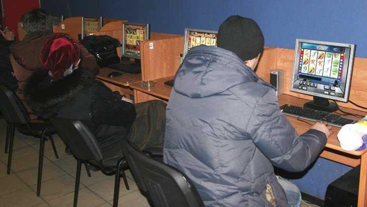 Брянскую парочку за организацию подпольного казино наказали условно