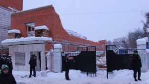 Обрушение дома в Брянске возле рынка выявило чудовищную анархию