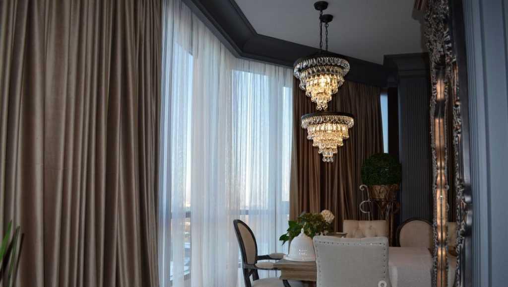 Как выглядит в Брянске квартира за 27 млн с интересным предметом из Солсбери