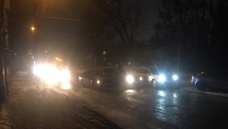 В Бежицком районе Брянска у переезда столкнулись две легковушки