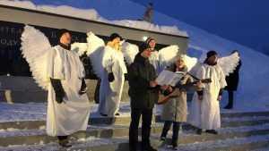 Люди в белом поздравили жителей Брянска с Новым годом и Рождеством