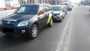 В Брянске при столкновении 3 автомобилей пострадала 24-летняя девушка