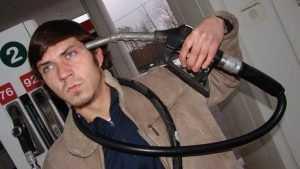 В Брянской области литр бензина подорожал на 50 – 80 копеек