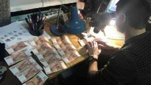 В Унече полиция задержала двух москвичек с 14 фальшивыми купюрами
